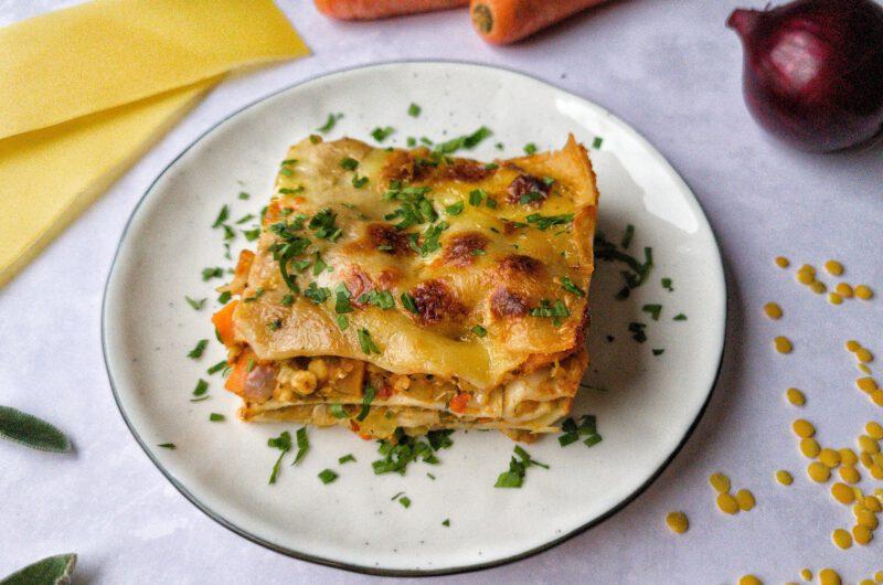 Gemüse-Lasagne mit gelben Linsen